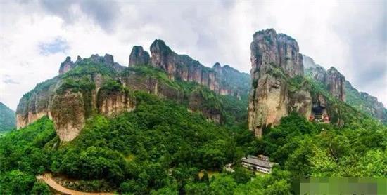 乐清首次总量突破千亿全省17强县中排名第十